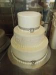 0017-wedding-cake